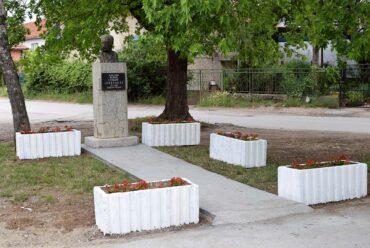 Обновљен споменик Стевану Синђелићу у Доњој Врежини